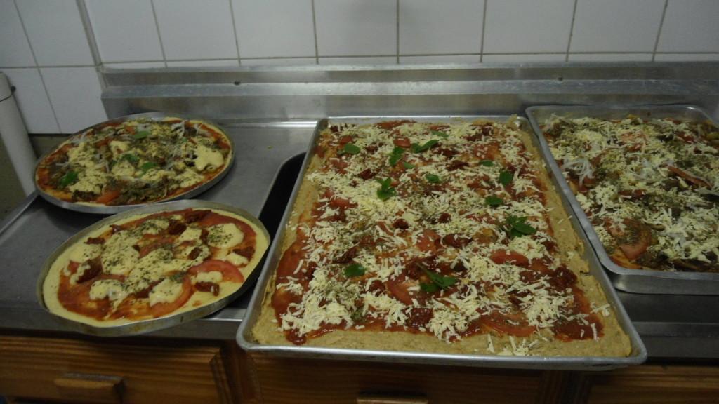 Hum...delícia. Pizza ovolactovegetariana e sem glúten e sem lactose